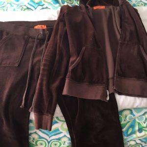 Juicy couture valor jogging suit.